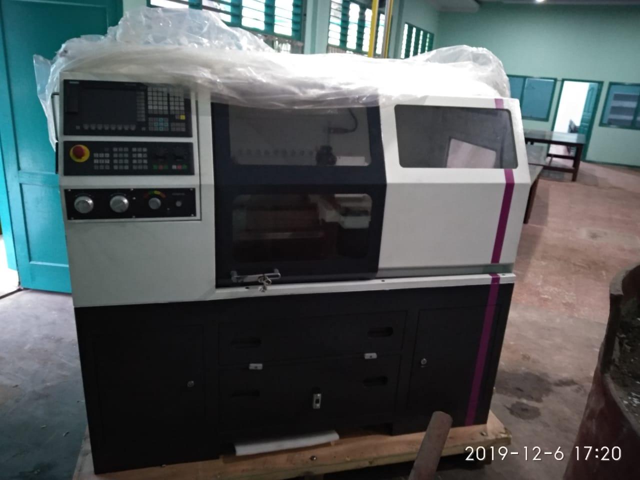 new-cnc-mesin-teknik-mesin-uma